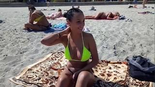 Абалденные девушки на Чкаловском пляже в Одессе.