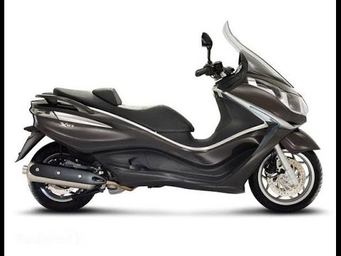 piaggio x10 500 executive maxi-scooter 500cc test ride & brief