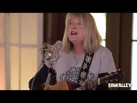 Folk Alley Sessions at 30A: Kim Richey