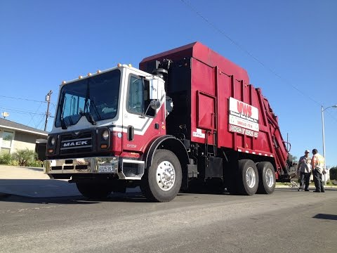 Universal Waste Systems Bulky Item Cleanup Event Pt. 2