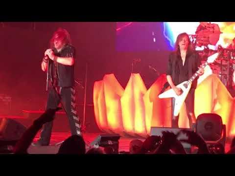 Helloween -Hansen Medley - Starlight/Ride the sky/Judas/Heavy metal (Is the Law) (Live in Stuttgart)
