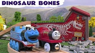 Thomas The Train Dinosaur Bones Play Doh Wooden Railway Toy Trains Play-Doh Dinosaurs Rheneas