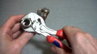 Сантехнический ключ KNIPEX/8605150(Сантехнические ключи и разнообразное оборудование их возможности и применение в различных сложных и не..., 2011-04-24T05:00:41.000Z)