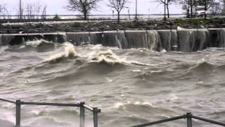 Download Hurricane Sandy on Lake Erie e 55 Street MP3 song and Music Video