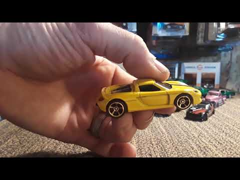 Cracking open the new  cargo carriers car culture and a bunch 2018 hotwheels diecast 1/64 toy cars