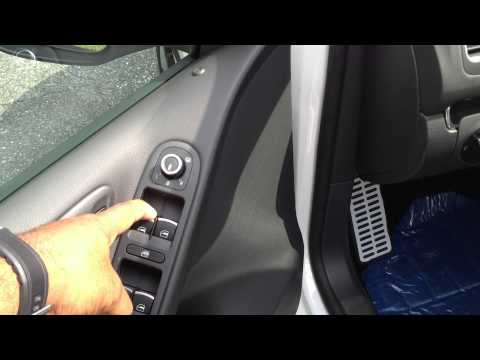 How to roll the windows up and down without a key on a Volkswagen
