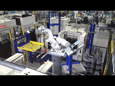 Machine Tending - (2) Robots Tending CNC Machine Centers - YouTube