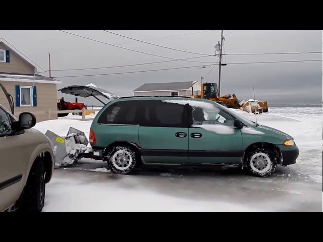 Homemade Snow Plow Is the Ultimate Mini Van Addition | Engaging Car News, Reviews, and Content You Need to See – alt_driver