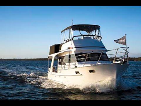 Integrity 380 Flybridge: Boat Review