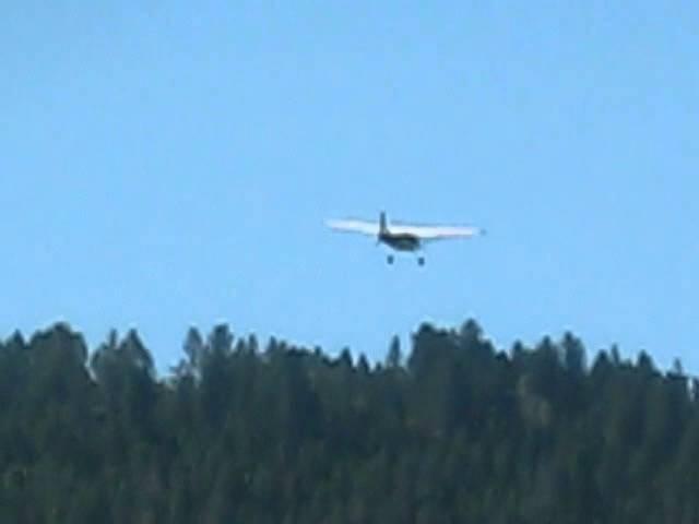 Cessna 185 Skywagon departing Agness, OR