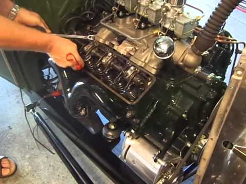 How to adjust valve lash on a Y Block Ford V8 - YouTube
