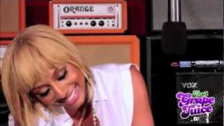 Vocal Battle: Rihanna vs Keri Hilson vs Ciara - Live