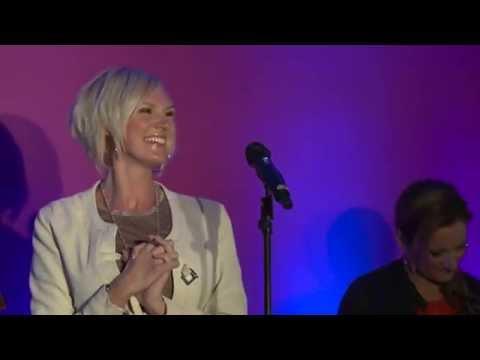 Sanna Nielsen - Undo (med flera) i Mix Megapol Unplugged