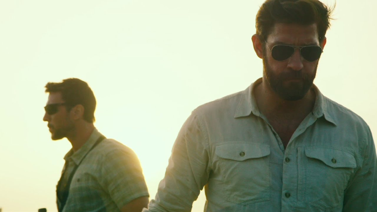 13 Hours met John Krasinski & David Costabile