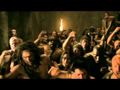 Spartacus Ep4 #1 La lotta nelle fosse: La lotta nelle fosse di chi da gladiatore è stato degradato ad un rango inferiore.  Spartacus: sangue e sabbia  Ogni lunedì alle 23.00 In replica il mercoledì alle 23.00 e la domenica alle 23.00 http://www.cielotv.it/programmi/serietv/spartacus.html