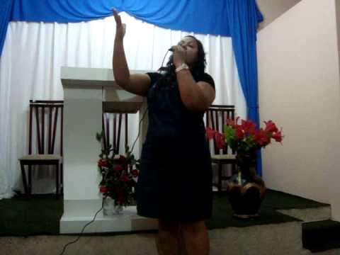 Tem um cantor gospel la em casa - Gisele Rocha - Q...