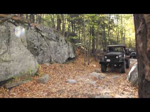 Big Army Truck (duce) climbing obstacle @ Old Florida Rd - Western Massachusetts - Jeep Abuse