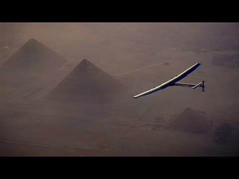 Solar Plane Flies Over Egyptian Pyramids