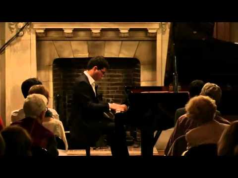 Aza Sydykov plays Rachmaninoff Musical Moment No2