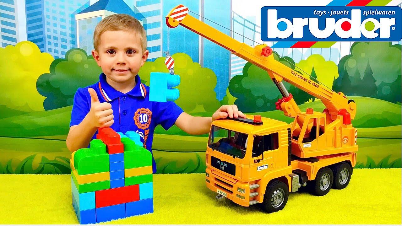 Машинки. Автокран Брудер и Даник - Рабочие машинки для детей. BRUDER Crane Truck MAN TGA 02754