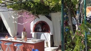 Деревня Беницес (Корфу, Греция)(Пешком до деревни Бенитцес (остров Корфу, Греция). Супер-маркет №1. Тихие улочки. Кафе и рестораны Бенитцес...., 2015-04-25T08:49:31.000Z)