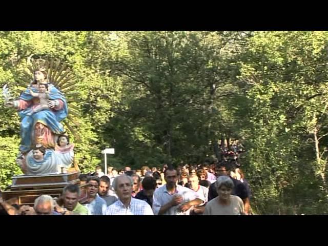 Gambatesa: ultima domenica di luglio: la statua della madonna viene prelevata dalla cappella