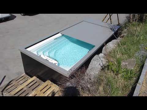 Schwimm-Whirlpool Amazon von Aquavia Spa mit der Abdeckung