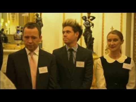 Niall One Direction meets the Queen