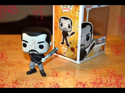 The Walking Dead BLOODY NEGAN FUNKO POP Toys R Us Exclusive Review & Unboxing! BLOOD SPLATTERED