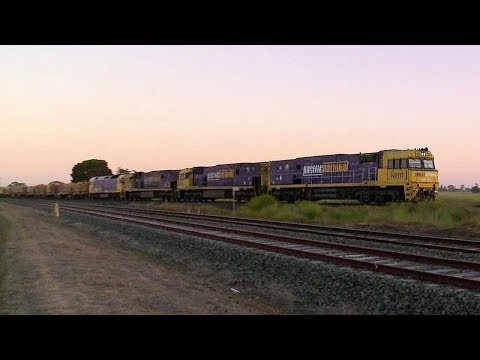 Pacific National MP2 Steel & Container Train - PoathTV Australian Railways