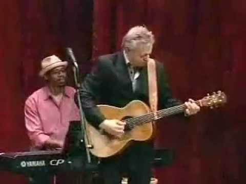 Tommy Emmanuel - Classical Gas - from Woodsongs Show 624
