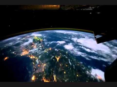 Terre vue de l 39 espace de nuit night earth youtube - Les sinsin de l espace ...