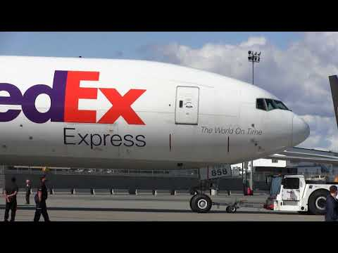 "Inside and out tour-Fed Ex cargo plane McDonnell Douglas MD-11 ""Mariana"""