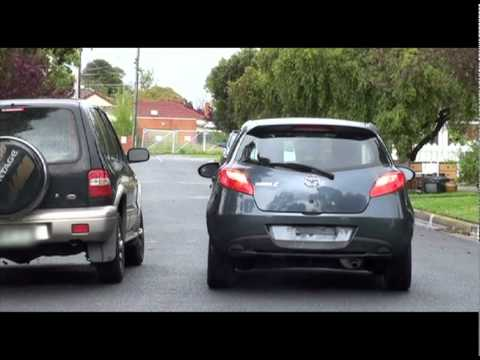 Driving Tutorial #1 - Reverse Parallel Park With No Vehicle Behind - Can Be Used For VicRoads Test