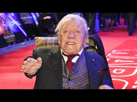 'Star Wars' Actor Kenny Baker Dies at 81