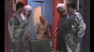 Cha Cha Cha - Astronautas - Alien fuma sorete y queda re loco