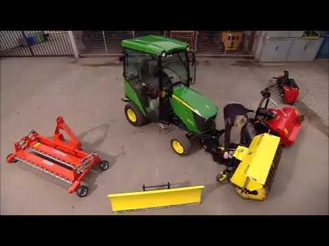 John Deere - Tractor Compacto 1026R, versatilidad