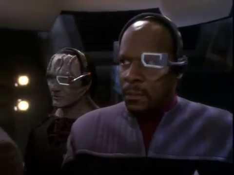 Star Trek DS9: Starfleet ship attacks Undercover Starfleet Crew