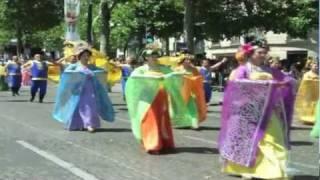 CHINA - Carnaval Tropical de Paris 2011 - Champs-Elysees