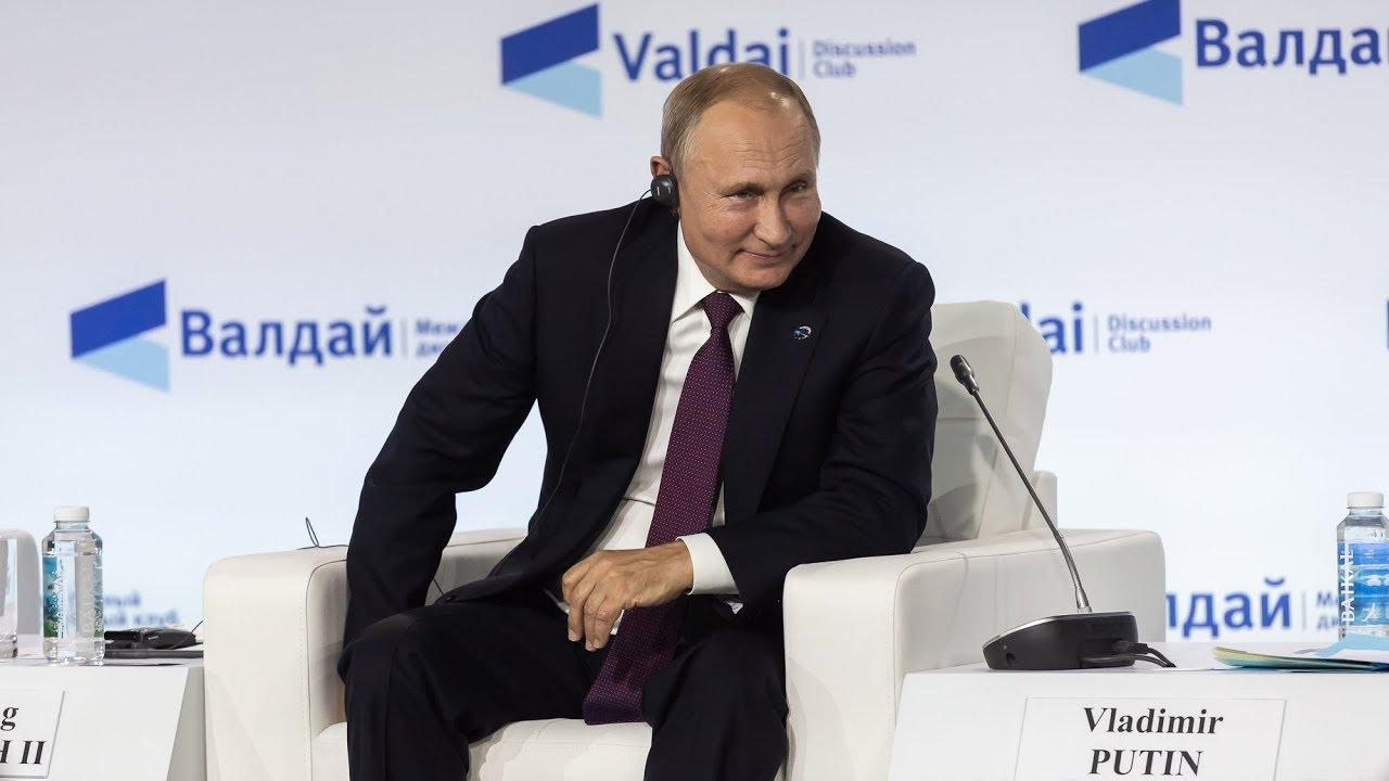 Путин о Зеленском: «Я думаю, что он искренне хочет это сделать».