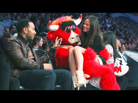 20 FUNNIEST MASCOT MOMENTS IN SPORTS