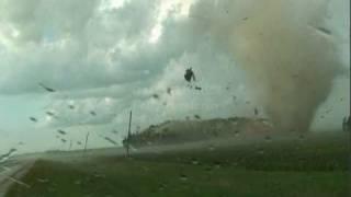 Incredible Minnesota Tornado! (August 7, 2010)