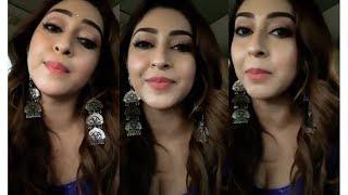 Download Video HOT Actress Sonarika Bhadoria LIVE chat video MP3 3GP MP4