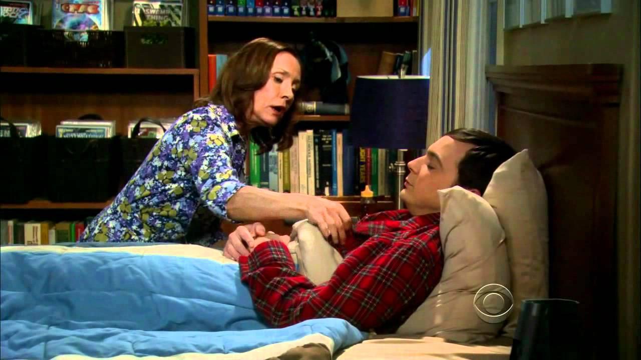Sheldons Mom Singing Soft Kitty - The Big Bang Theory -8131