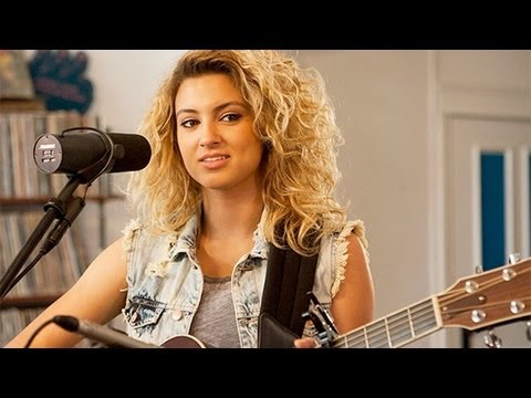 "Tori Kelly - ""All In My Head"" LIVE & Tastemakers Q&A"