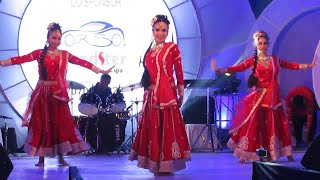 Rangilo maro dholna group dance