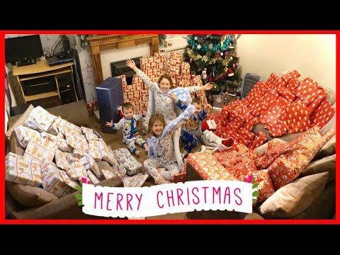 CHRISTMAS MORNING SPECIAL OPENING PRESENTS!! PART 1