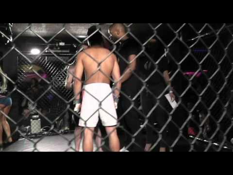 D. Barbosa vs TJ Simmons