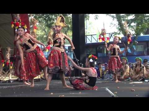 Festival Nasional Tari 2016 JAWA TIMUR