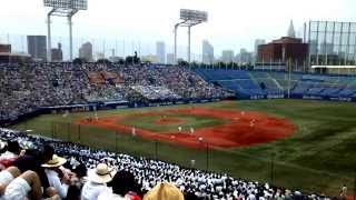 神宮球場での修徳高校との決勝戦の様子です。二松学舎は、敗れはしたも...